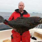 Magiskt fiske och monsterflundra i ytan!